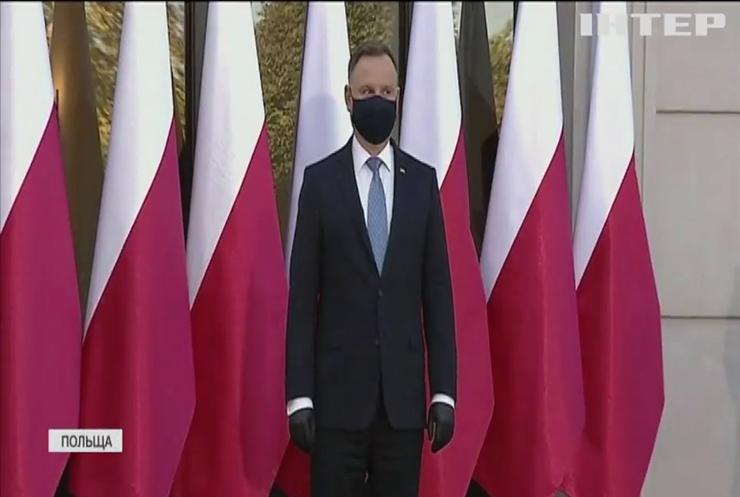 Протести у Польщі: президент згодився на компроміс із прихильниками абортів
