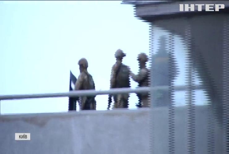У Києві затримали псевдомінера мосту Патона