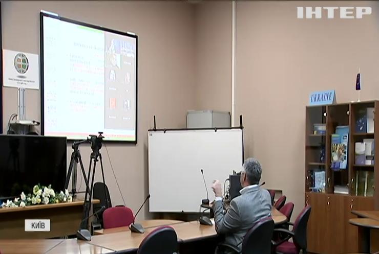 Чому Національну академію держуправління об'єднують з Київським університетом ім.Т.Шевченка