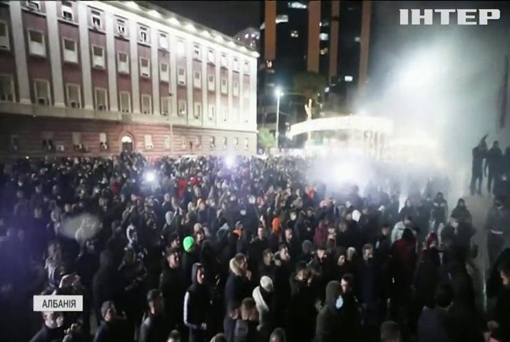 Вбивство за порушення комендантської години: Албанію сколихнула потужна хвиля масових протестів