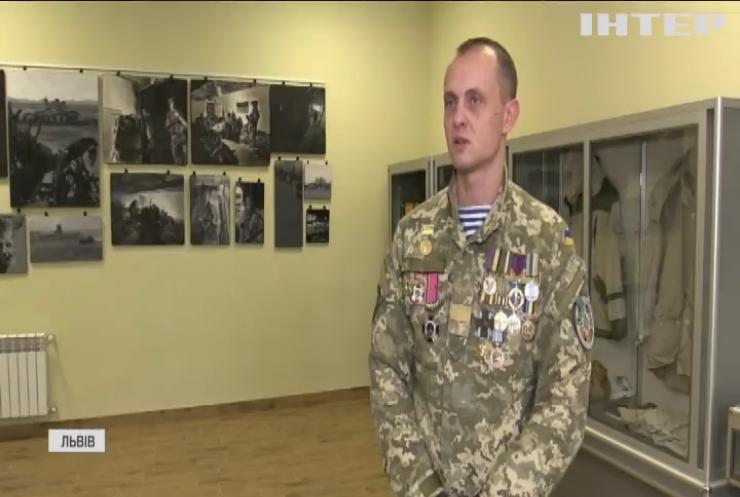 У Харкові та Львові вшанували пам'ять оборонців Донецького аеропорту