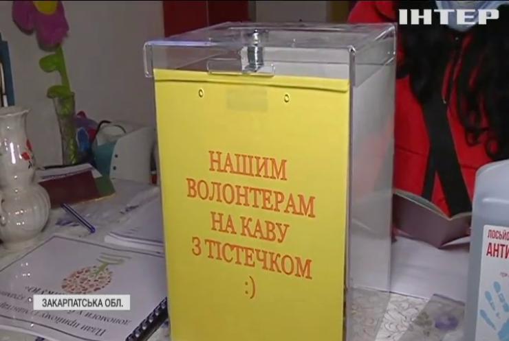 У Мукачеві волонтерка відкрила безплатний магазин
