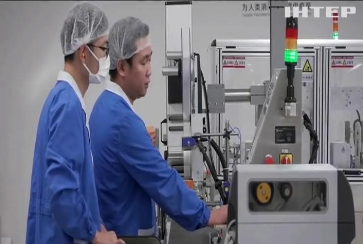 Китай затримує поставки вакцини Sinovac в Україну