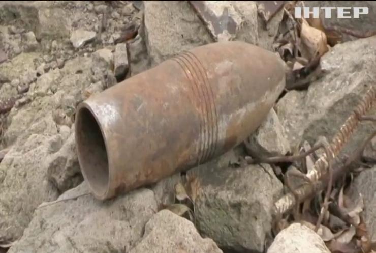 На Донбасі троє українських бійців підірвалися на вибухівці