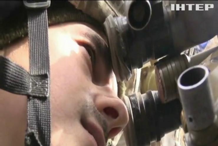 Біля Пісків снайпер поранив українського військового