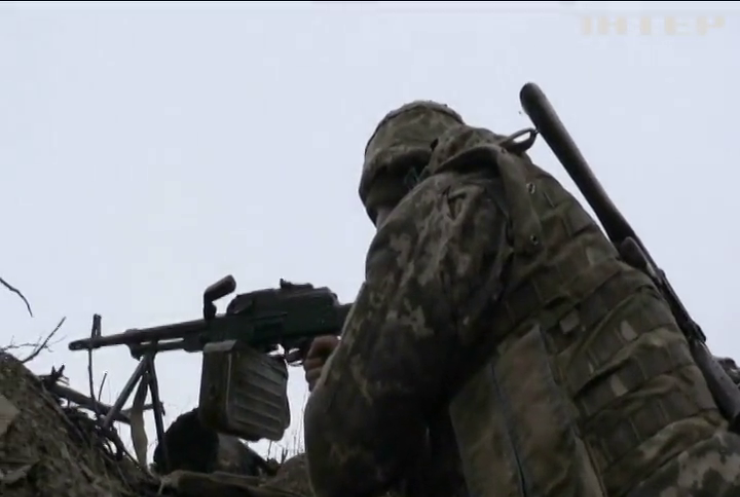 На Донбасі не вщухають ворожі провокації