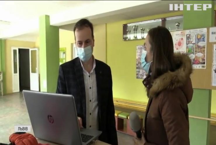 Скандал у Львові: чоловік намагався вкрасти дівчинку біля школи