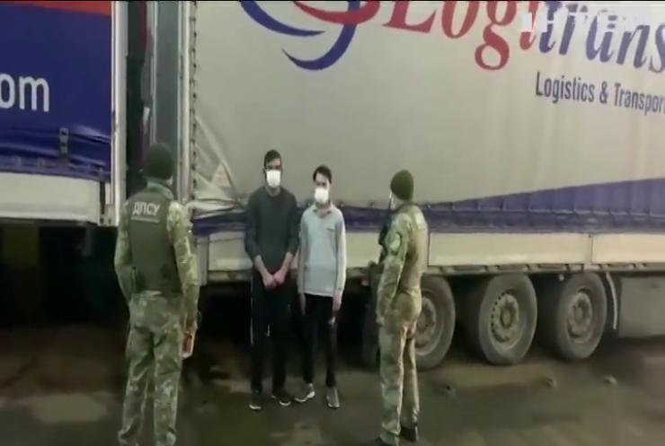 До Європи крадькома: в порту Одеси затримали двох нелегалів