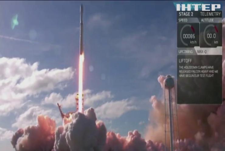 SpaceX відправить на орбіту космічних туристів