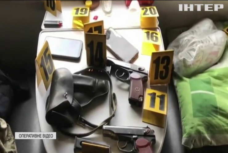"""Озброєні пасажири влаштували стрілянину у потязі """"Костянтинівка - Київ"""""""