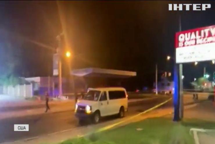 Стрілянина в США: водій автівки відкрив вогонь по людях