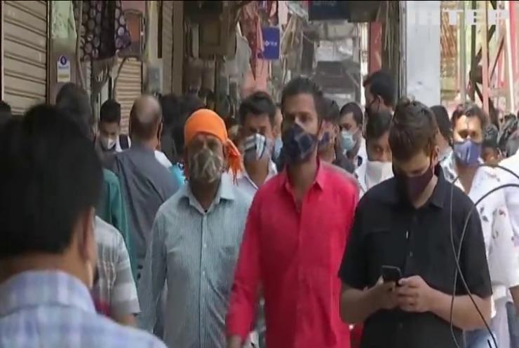 Столиця Індії переходить на суворий локдаун