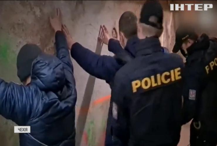 У Чехії затримали п'ятьох бойовиків, що воювали на Донбасі