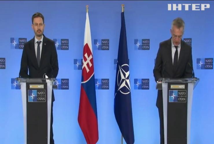 В НАТО обіцяють стежити за кордоном України та Росії