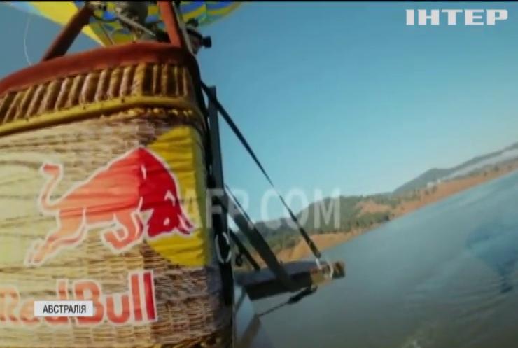Чемпіонка світу Ріанна Іфланд виконала карколомний стрибок з аеростату (відео)