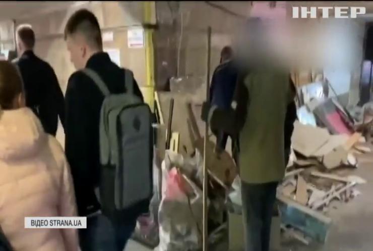 У центрі Києва почали знищення МАФів