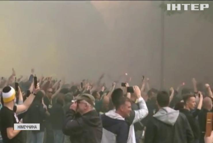 """Фанати """"Динамо"""" влаштували масову бійку: 185 поліцейських постраждали"""