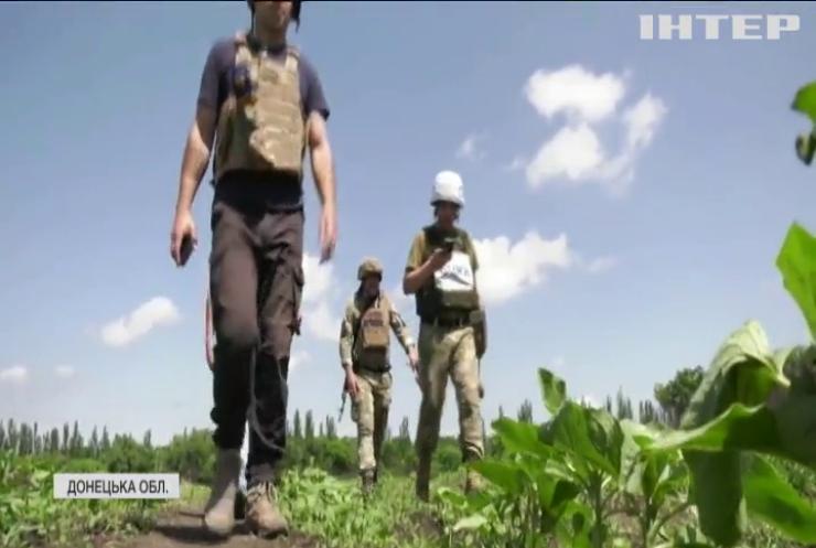 Найманці замінували околиці Горлівки забороненими боєприпасами