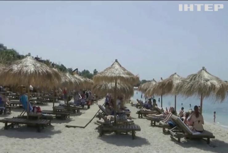 Франція відкрила кордони для українських туристів