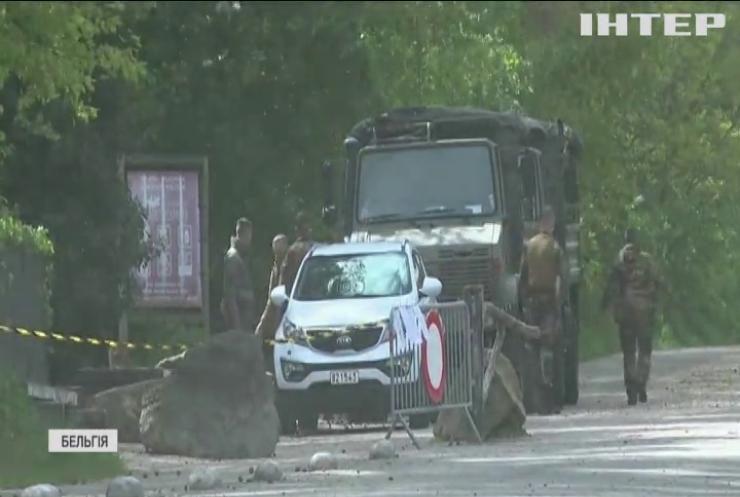 Поліція  Бельгії оголосила полювання на озброєного до зубів солдата