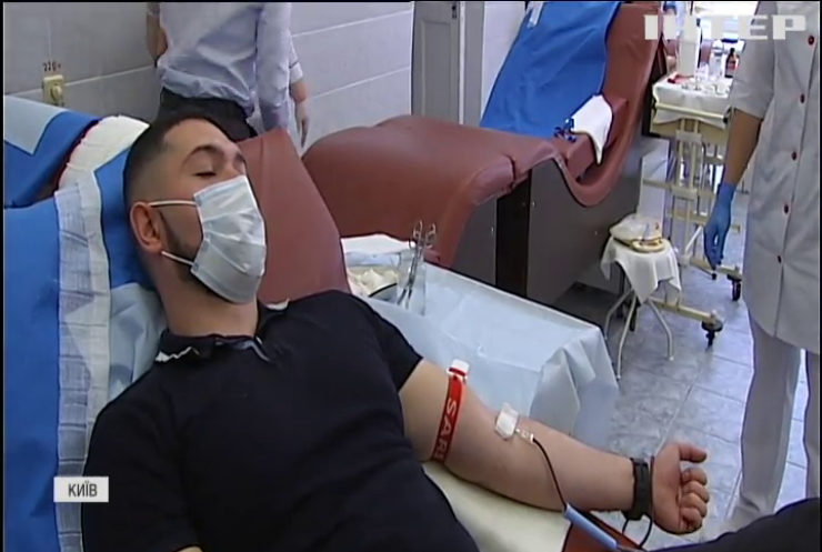 День донора: працівники ДБР поповнили запаси крові у Києві