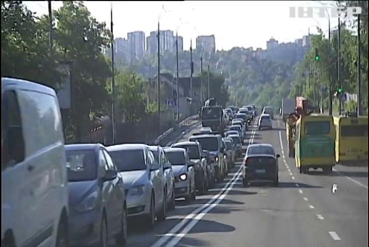Вартість бензину в Україні: до яких цінників на АЗС варто готуватися водіям
