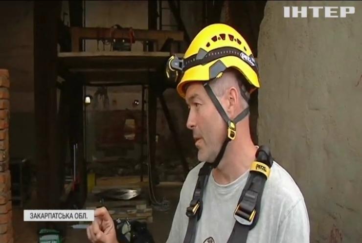 Без страху і сумнівів: унікальний робот досліджує соляні печери Закарпаття