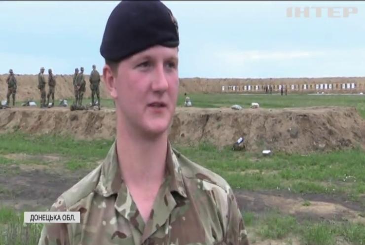 """Операція """"Орбітал"""": британські інструктори провели масштабні навчання для українських військових під Маріуполем"""