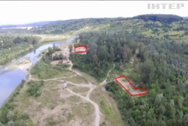 Затоплена Україна: чому на Прикарпатті не укріплюють береги річок?