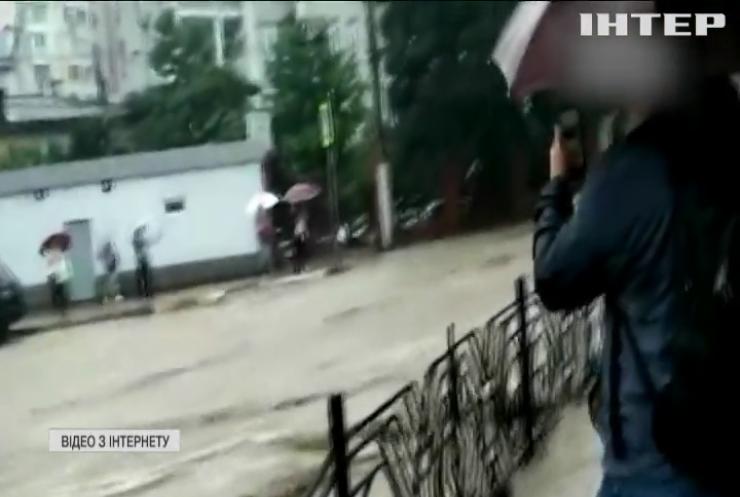 Вода прибуває: у Ялті почалася евакуація населення