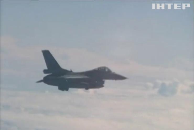 Російські військові літаки порушили повітряний простір Балтії