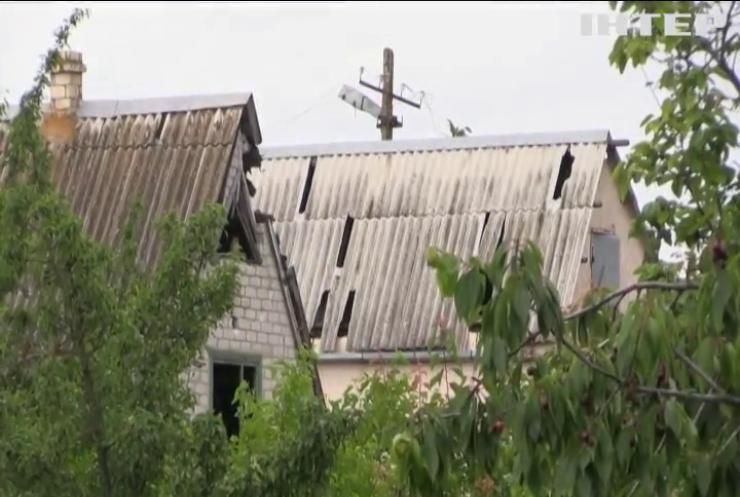 На сході України почастішали ворожі обстріли з важкого озброєння