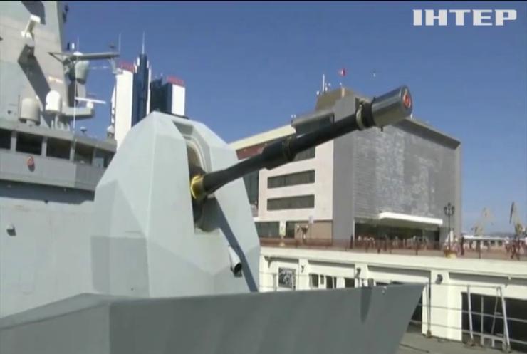 Примарна атака: чому Росія заявила про обстріл британського есмінця поблизу Криму