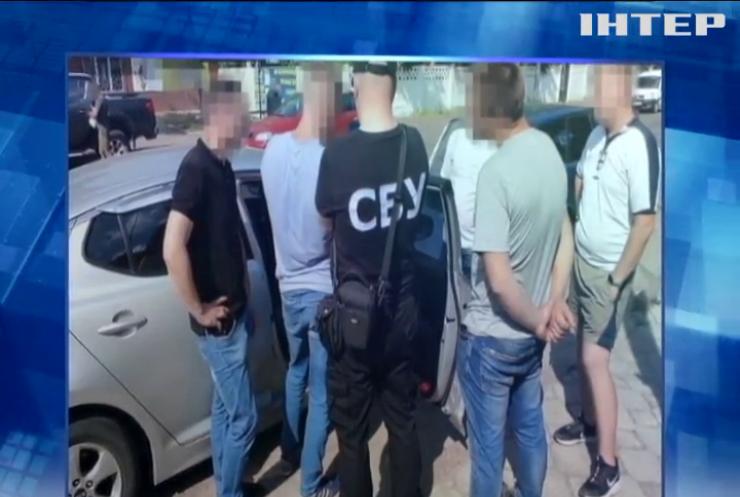 СБУ викрила конверт-центр на Житомирщині