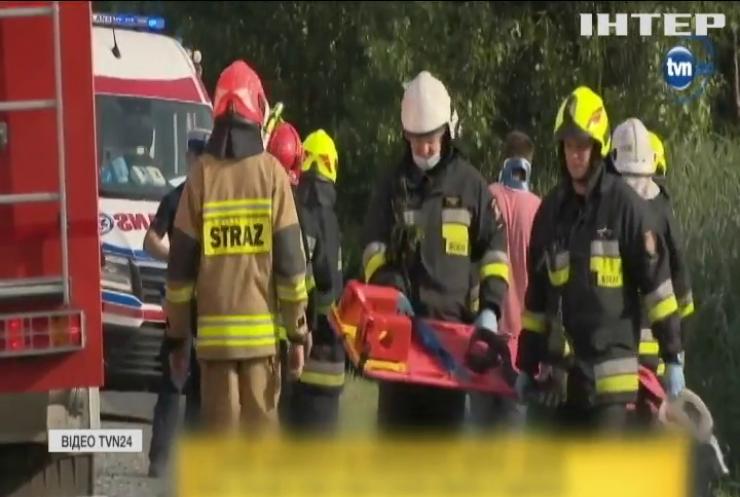 У Польщі позашляховик протаранив мікроавтобус з українцями
