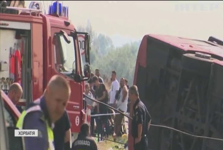 Смертельний рейс: у Хорватії в жахливій аварії загинули пасажири автобуса