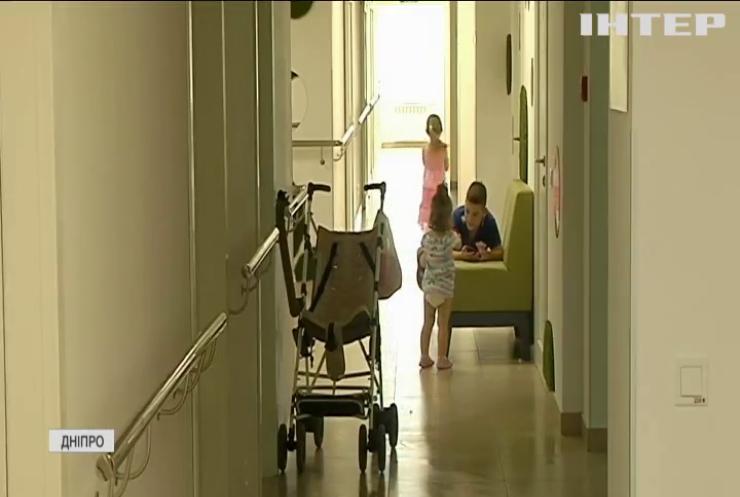 Батьки дітей з інвалідністю закликають розширити програму реабілітації хворих на ДЦП