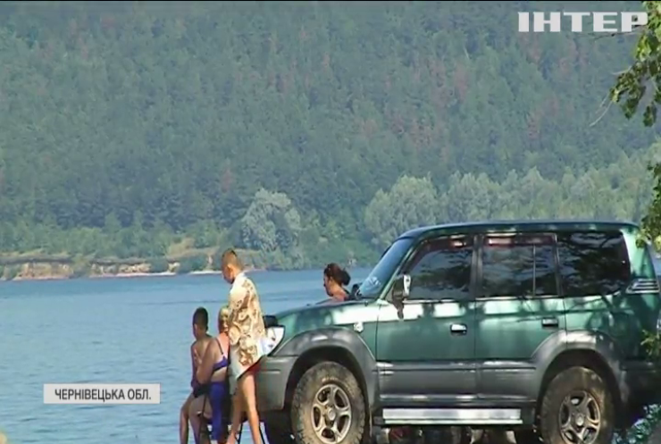 Турист з Німеччини став зіркою соцмереж на Буковині