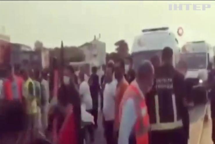 У Туреччині перекинувся автобус з росіяними: чотири людини загинули