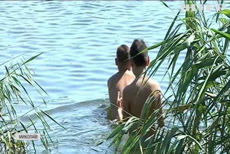 У Миколаєві підлітки врятували жінку від неминучої загибелі