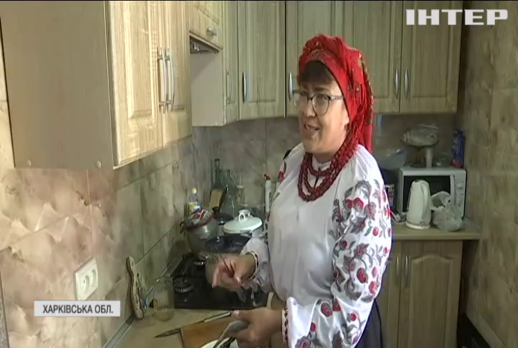 Холодний борщ і міцний віник: жителі Слобожанщини поділилися давніми козацькими традиціями