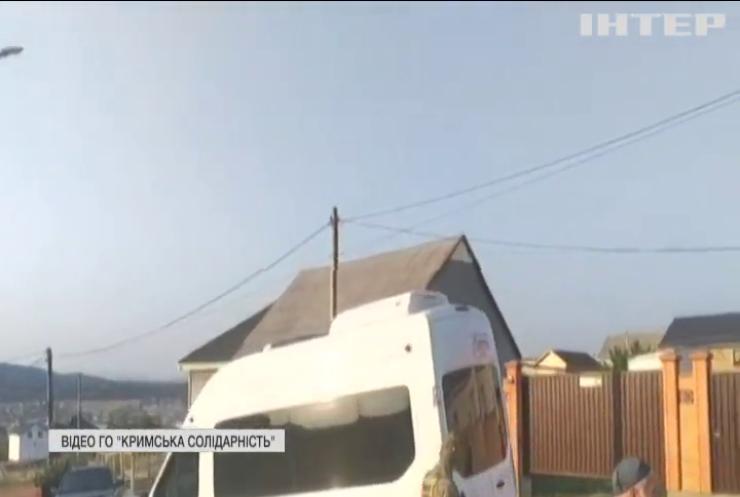 Трьох кримськотатарських активістів відправили під варту