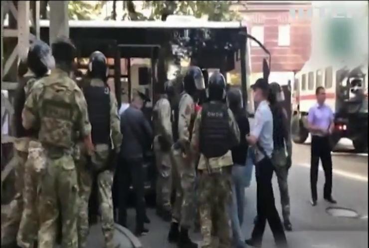 Арешти в окупованому Криму тривають: Росія незаконно утримує 125 українців