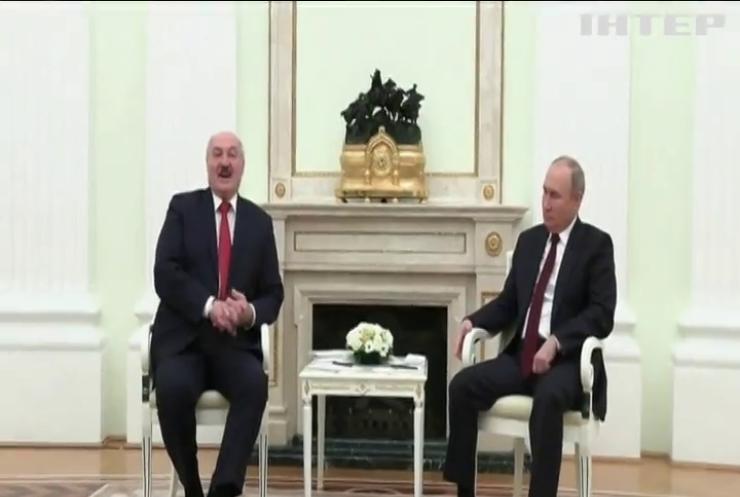 """Лукашенко зустрівся з Путіним та погодив """"союзний пакет"""""""