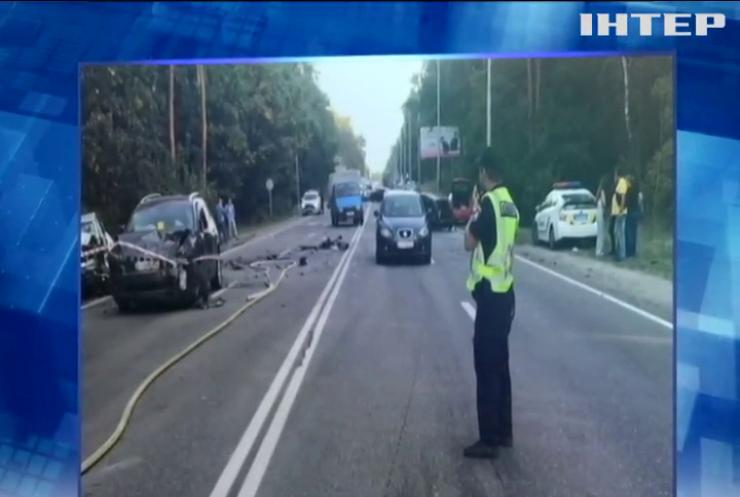 У Києві сталася ДТП за участі восьми автівок