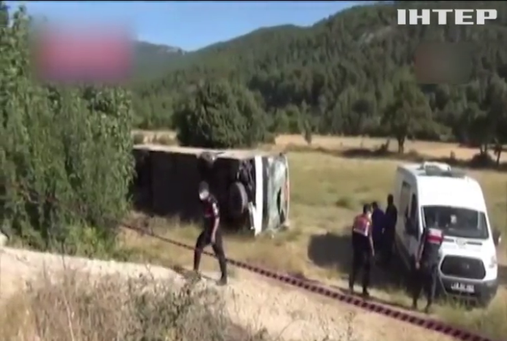 Аварія в Туреччині: водій не впорався з керуванням через серцевий напад