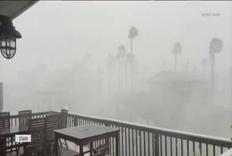 Стихійні лиха у США: насувається новий тропічний шторм