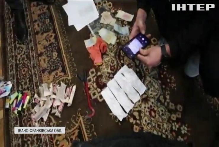 В Івано-Франківську затримали братів, які грабували державні та офісні приміщення