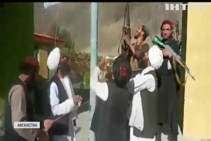 """Терористи з """"Аль-Каїди"""" повертаються до Афганістану"""