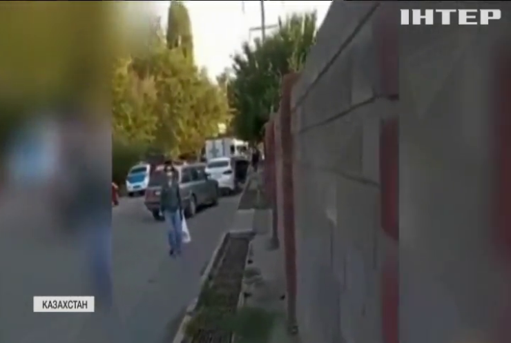 В Алмати місцевий житель відкрив вогонь по поліцейським